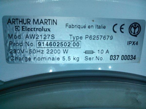 arthur_martin_aw2127s_charbon_moteur_1
