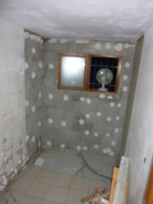 Nettoyer carrelage douche italienne excellent carrelage salle de bain pierre meilleur de salle - Enlever tache de colle sur carrelage ...